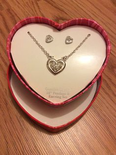 "New Heart Box Genuine Crystal 18"" Pendant & Earring Set For Your Valentine Gift"