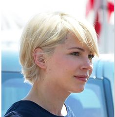 Michelle Williams long pixie/short bob