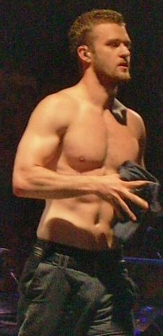 The Ultimate Collection Of Shirtless Justin Timberlake Pictures - BuzzFeed please follow me,thank you i will refollow you later