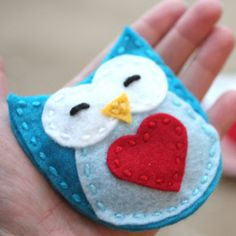 Crazy Cute Owl Hand Warmers... Can make it an ornament easily too