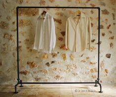 Livraison gratuite* Portant vêtement (clothing rack), porte cintre industriel vintage en tuyau de fonte noire - Industrial Pipe garment Rack