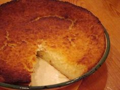 The Impossible Pie - An Old South African recipe - just put all ingred. in food processor - pour into pie plate and bake - forms 3 layers - crust, custard, and coconut topping (old southern desserts) Sweet Pie, Sweet Tarts, Sweet Recipes, Cake Recipes, Dessert Recipes, Dessert Ideas, Kos, Impossible Pie, South African Recipes