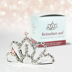 Du kennst eine echte Dramaqueen oder so ein richtiges Prinzesschen? Dann kröne sie mit diesem witzigen Prinzessinen Krönchen. via: www.monsterzeug.de