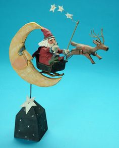 Santa folk art carving - this has so many things I LOVE - santa, reindeer, moon and stars ! Paper Mache Sculpture, Pottery Sculpture, Christmas Wood, Vintage Christmas, Primitive Santa, Santa Doll, Santa Pictures, Polymer Clay Christmas, Wood Carving Patterns