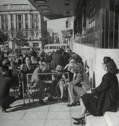 "TRAVEL'IN GREECE I 1948 - ""King George"" Hotel, Syntagma Square, #Athens, #Greece, #travelingreece"