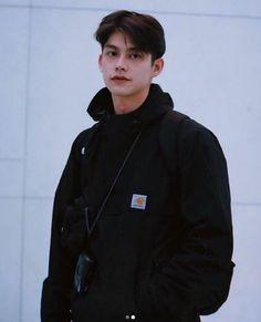Pretty Boys, Cute Boys, Bright Wallpaper, Boyfriend Photos, Bright Pictures, Cute Actors, Asian Actors, Asian Boys, Asian Men