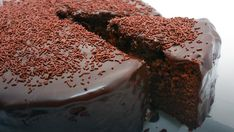 An easy chocolate cake recipe for you to bake for family or friends. Find lots of chocolate sponge cake recipes & more baking ideas at Tesco Real Food. Whole Food Recipes, Dessert Recipes, Cooking Recipes, Cooking Cake, Cupcake Recipes, Food Cakes, Cupcake Cakes, Tesco Real Food, Chocolate Fudge Cake