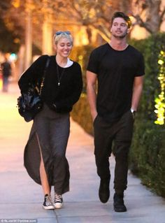 Miley Cyrus and Patrick Schwarzenegger take a romantic date Miley Cyrus, Patrick Schwarzenegger, Happy Hippie Foundation, Hollywood Couples, Romantic Dates, Amy Winehouse, Celebs, Celebrities, Couples