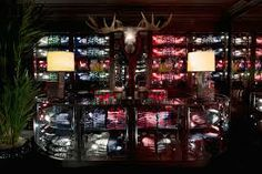 Abercrombie shop