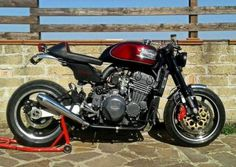 Triumph Trophy 900 Cafe Racer by Centi Garage #motorcycles #caferacer #motos | caferacerpasion.com