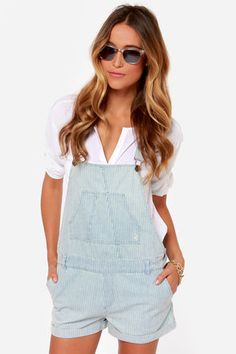 Volcom Killjoy Light Blue Striped Overalls Sorry to say, but this is one fashion trend I don't like!  On any female,unless she's doing carpentry or painting work, thats over 12 years old, to me its just not flattering on any body size!  Dumpy, frumpy, just plain yuck!