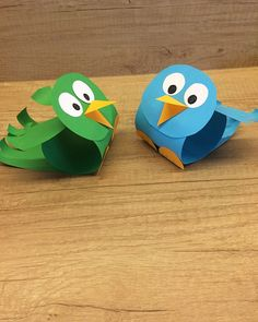 Monday's craft for kids is this bird🐦papercrafts craftforkids easycraft papermagic papermagicreny Spiel mit kindern Bird Paper Craft, Toilet Paper Roll Crafts, Paper Birds, Bird Crafts, Paper Crafts For Kids, Animal Crafts, Preschool Crafts, Easy Crafts, Craft Kids