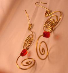 Orecchini in ottone handmade  #handmade #earrings #accessori Gold Necklace, Community, Drop Earrings, Crafty, Cool Stuff, Jewelry, Gold Pendant Necklace, Jewlery, Bijoux