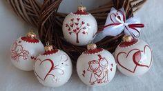 palline per l'albero di Natale in ceramica.