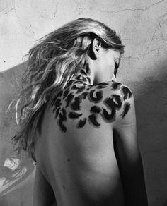 Woah that's so cool! #girl #tattoo #black&white #leopard print