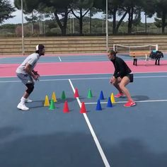 """RealTennis on Instagram: """"Hey guys 🎾 Try this fun game to warmup your reaction before training 😁 . . . . . . @bastien_fazincani #tennis #tennisfootwork…"""" Group Games, Fun Games, Things To Do, Tennis, Training, Guys, Sports, Instagram, Cool Games"""