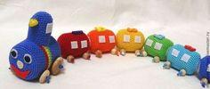 Купить Развивающий радужный поезд можжевеловый - развивавающий поезд, развивающая игрушка, поезд, паровозик