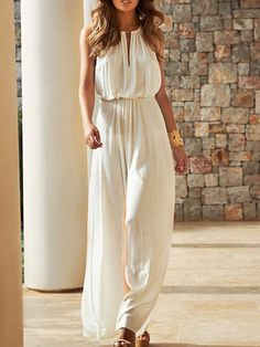 Cream Loose Jumpsuit # Trends Of Summer Apparel Loose Jumpsuit Cream Jumpsuit Must-Have Jumpsuit 2015 Jumpsuit Where To Get Jumpsuit How To Style Mode Top, Summer Outfits, Summer Dresses, Summer Maxi, Summer Jumpsuit, Jumpsuit Outfit, Casual Jumpsuit, Beach Dresses, Glamour