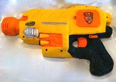 Nerf Gun Cake cakepins.com