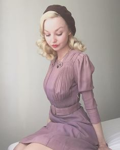 Vintage Fashion Lilac dress with garnet studs all over Crushing on taupe eyeshadow lately. Vintage Fashion Inspiration For Vintage Expert Kate Beavis Boho Outfits, Pretty Outfits, Pretty Dresses, Beautiful Dresses, 1940s Dresses, Vintage Dresses, Vintage Outfits, Vintage Clothing, 1940s Fashion