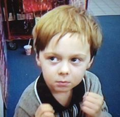 Okay am I the only one who thinks that this is adorable??? Little Ratliff