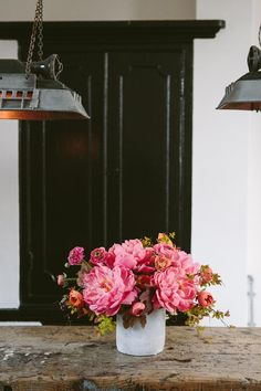 Ruffled Flower Arrangement by Swallows & Damsons on Design*Sponge (Photo by India Hobson)