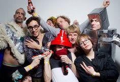 SSS group shot @ SingerSweatShop NYE Cosmic Sans Laserfeest. picture by Aad Hoogendoorn