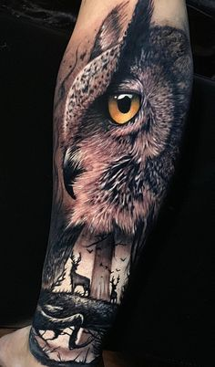 Jan 2020 - Today we're going to step again into the world of animal tattoos bringing you 50 of the most beautiful owl tattoo designs, explaining their meaning. Tattoos Mandala, Tattoos Geometric, Circle Tattoos, Tattoo Designs, Owl Tattoo Design, Wolf Tattoos, Body Art Tattoos, Fish Tattoos, Tatoos