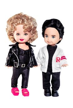 "Barbie Grease Kelly Doll and Tommy Gift Set - Pink Label Collection. Kelly and Tommy in ""Grease"". Mattel Barbie, Barbie Kids, Musical Grease, Grease Movie, Barbie Blog, Barbie Website, Barbie Stuff, Doll Stuff, Barbie Kelly"