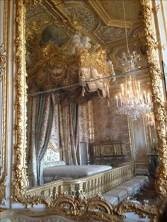 versailles - I love this place, and have never felt more giddy than when standing in this room. So breathtaking - KSB