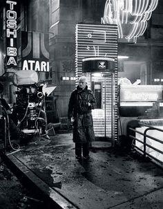 Blade Runner, Rutger Hauer on set