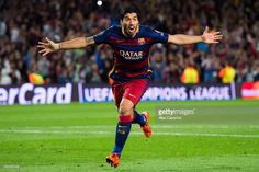 Luis Suarez of FC Barcelona celebrates after scoring his team's second goal during the UEFA Champions League Group E match between FC Barcelona and Bayern 04 Leverkusen at Camp Nou on September 29, 2015 in Barcelona, Spain.