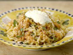 Fusilli with Fresh Pomodoro Recipe : Giada De Laurentiis : Food Network Giada In Italy Recipes, Giada Recipes, Top Recipes, Pasta Recipes, Dinner Recipes, Cooking Recipes, Dinner Ideas, Yummy Recipes, Yummy Food
