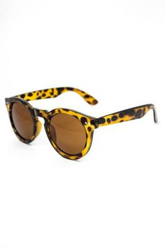 A bright cheery tortoiseshell is the perfect finish to any summer look.
