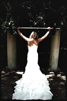 Workout on your wedding day. Preferably BEFORE you put on the dress.