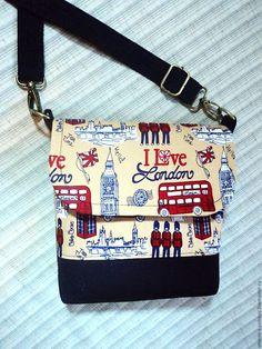 Купить Сумочка на длинном ремешке Лондон - комбинированный, рисунок, сумочка ручной работы