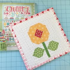 Lori Holt's IG flower sew along from her book Quilty Fun