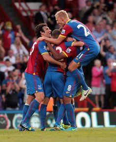Palace v Sunderland - O'Keefe makes it Crystal Palace Fc, Sunderland, Eagles, Football, Sports, Soccer, Futbol, Eagle, American Football