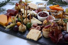 Platou festiv, pentru masa de sarbatori - Bucataresele Vesele Dairy, Cheese, Food, Essen, Yemek, Eten, Meals