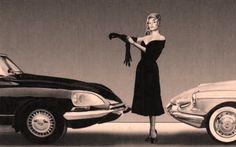 Brigitte Bardot poses pour la Citroen DS (1967)