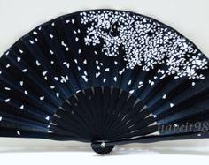 Ventilador Negro japonés con Sakura Pattrens por HaveItFancyWorld