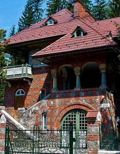 http://i1.wp.com/adelaparvu.com/wp-content/uploads/2014/05/adelaparvu.com-despre-vila-la-Sinaia-Poem-Boem-Sinaia-Romania-1.jpg