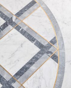 Floor detail of an interior designed by Rinck in Paris, Île Saint-Louis. Marble Tiles, Marble Floor, Tiling, Floor Design, Tile Design, Rubber Flooring, Vinyl Flooring, Art Deco, Interior Decorating