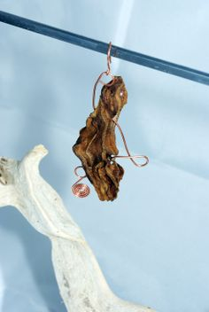 Driftwood handmade earring with copper wire by 1OKjewels on Etsy, €18.00