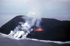 surtsey lava Volcanoes, Amazing Places, Iceland, Lava, Ecommerce, Warriors, Mount Everest, The Good Place, Mountains