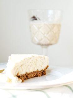 Cheesecake au lait de poule | Fraîchement pressé Cake Au Lait, Gateaux Vegan, Desserts Sains, Healthy Desserts, Vanilla Cake, Muffins, Good Food, Thanksgiving, Gluten Free