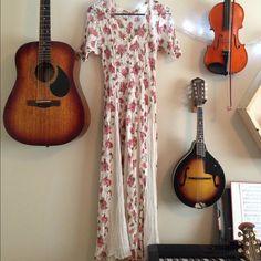 Vintage Lace Maxi Dress Beautiful vintage gauze & lace maxi dress. Pleats out at the waist. Dresses Maxi