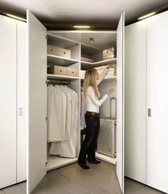 corner wardrobe (2)