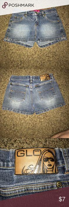 Glow jean shorts size 3 Used Glow Jean Shorts size 3 GLO Shorts Jean Shorts