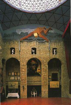 Dali Theatre.